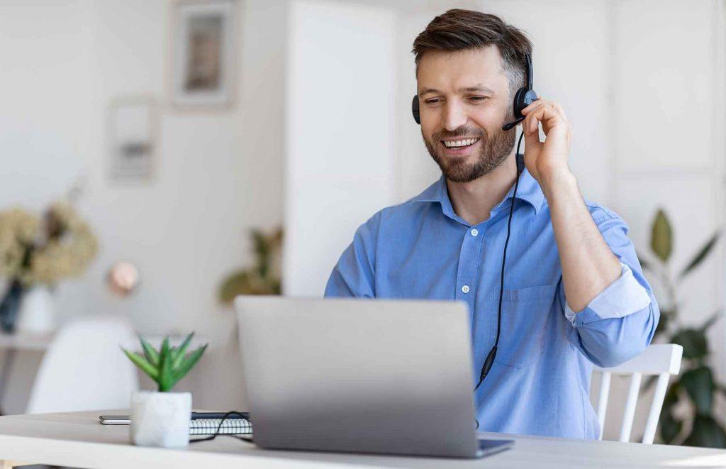 hotline-operator-handsome